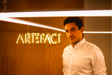 Stratégies interview: Vincent Luciani, co-CEO of Artefact, explains that consumer-centric companies are the ones that will succeed.